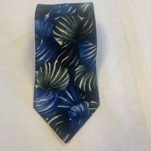 Italianissimo necktie. EUC